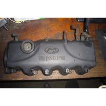 Vendo Tapa Valvula De Motor De Hyundai Accent, #22410-22030