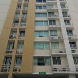 Alquiler De Apartamento En Condado Del Rey 18-6784 **hh**